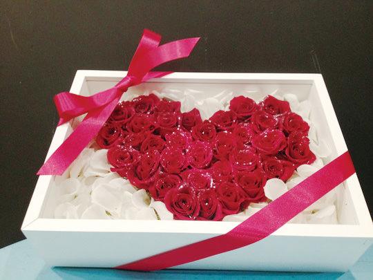 ハート型バラの宝石箱