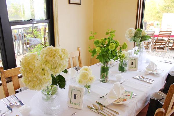 室内テーブル装花